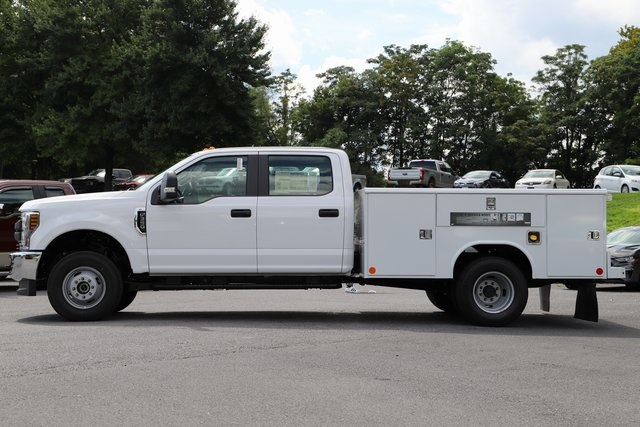 2018 F-350 Crew Cab DRW 4x4,  Reading Service Body #T3861 - photo 3