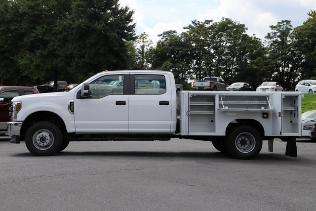2018 F-350 Crew Cab DRW 4x4,  Reading Service Body #T3861 - photo 4