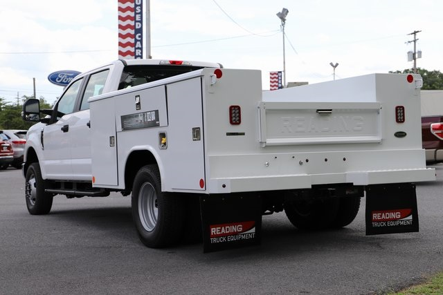 2018 F-350 Crew Cab DRW 4x4,  Reading Service Body #T3861 - photo 2