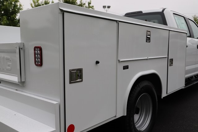 2018 F-350 Crew Cab DRW 4x2,  Reading Service Body #T3863 - photo 14