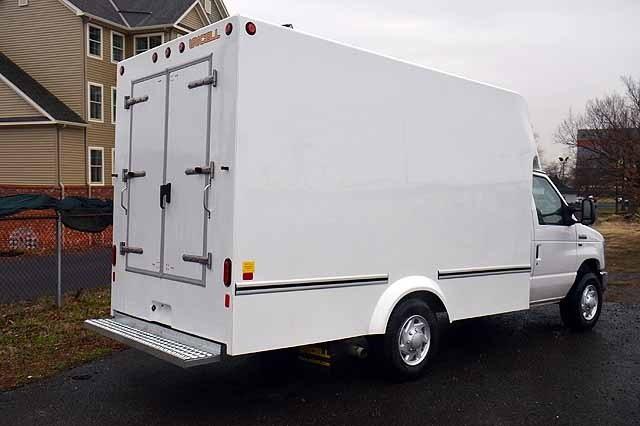 2018 E-350 4x2,  Unicell Cutaway Van #T4820 - photo 1