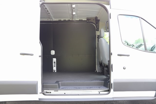 2018 Transit 250 Med Roof 4x2,  Empty Cargo Van #T4858 - photo 32