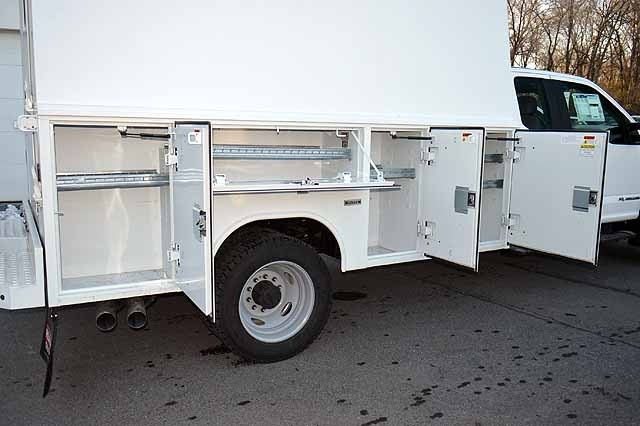2018 F-550 Super Cab DRW 4x4,  Reading Panel and Tapered Panel Service Utility Van #T7806 - photo 7
