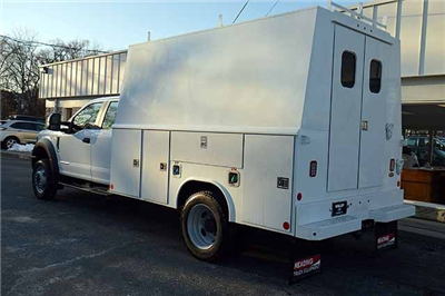2018 F-550 Super Cab DRW 4x4,  Reading Panel and Tapered Panel Service Utility Van #T7806 - photo 4