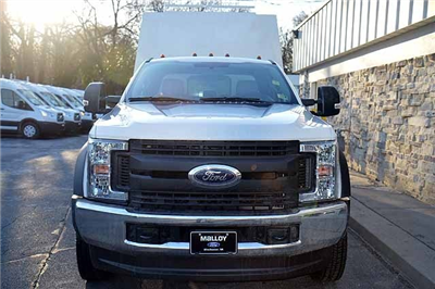 2018 F-550 Super Cab DRW 4x4,  Reading Panel and Tapered Panel Service Utility Van #T7806 - photo 8