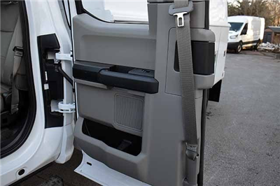 2018 F-550 Super Cab DRW 4x4,  Reading Panel and Tapered Panel Service Utility Van #T7806 - photo 16
