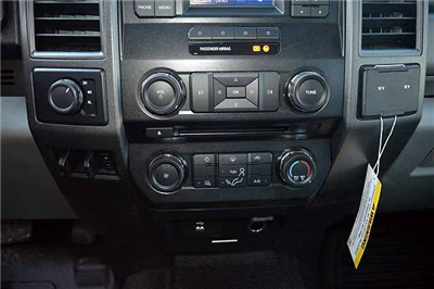 2018 F-550 Super Cab DRW 4x4,  Reading Panel and Tapered Panel Service Utility Van #T7806 - photo 27