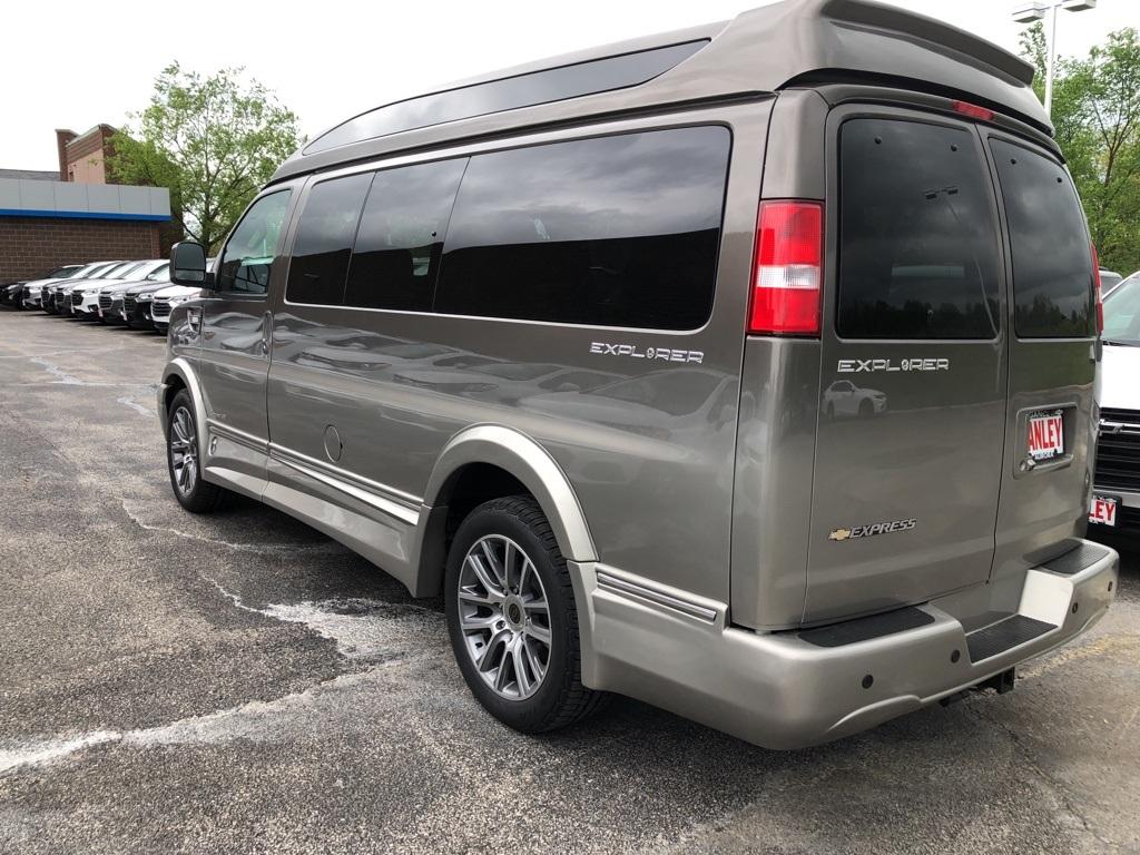 2019 Express 2500 4x2,  Passenger Wagon #60071 - photo 1