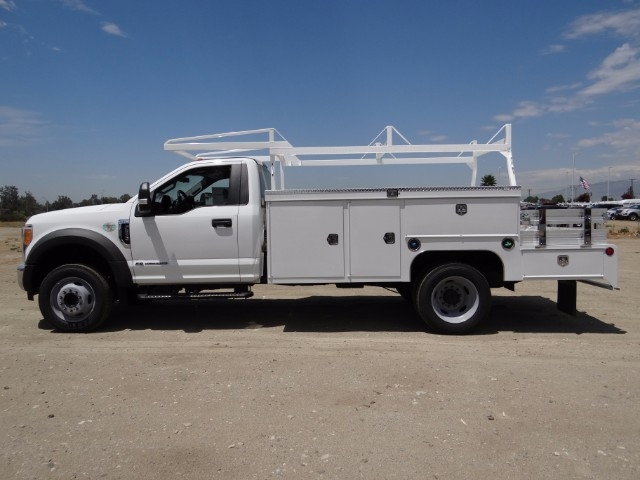 2017 F-550 Regular Cab DRW, Scelzi Combo Body #FH4253 - photo 3