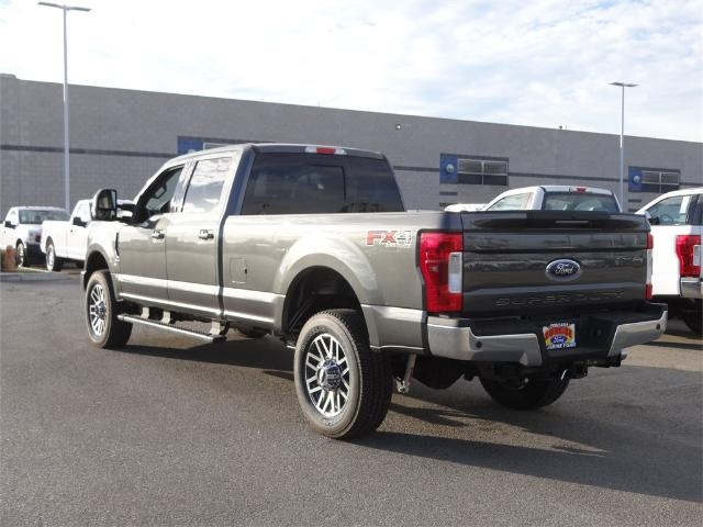 2017 F-350 Crew Cab 4x4, Pickup #FH6129DT - photo 2