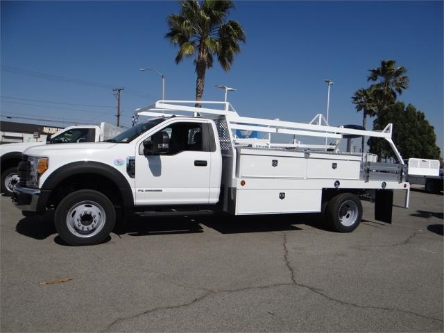 2017 F-550 Regular Cab DRW, Scelzi Contractor Body #FH6341 - photo 3