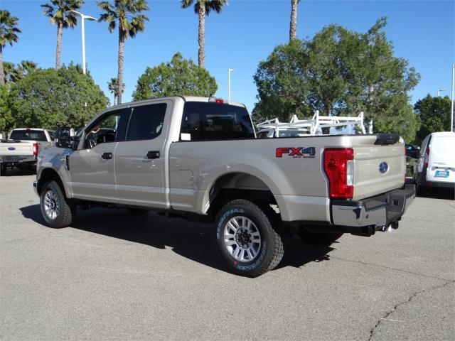 2018 F-250 Crew Cab 4x4, Pickup #FJ1255 - photo 2