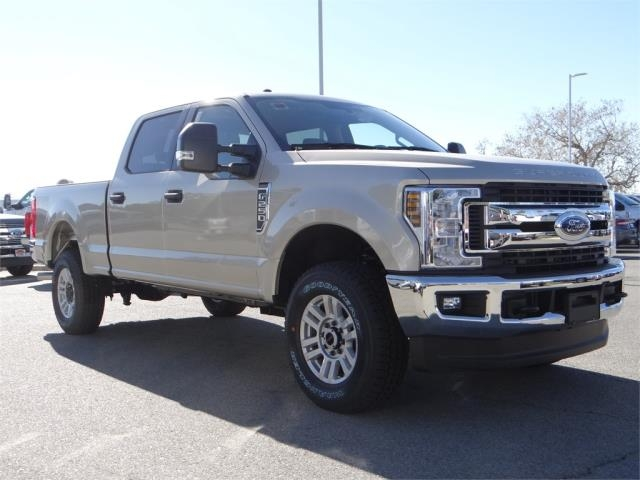 2018 F-250 Crew Cab 4x4, Pickup #FJ1255 - photo 6