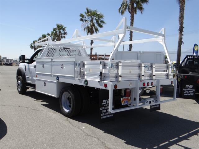 2018 F-550 Regular Cab DRW 4x2,  Scelzi Contractor Body #FJ1806 - photo 2