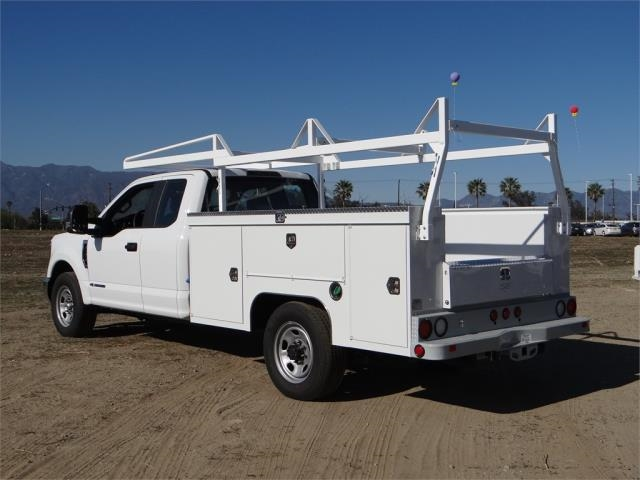 2018 F-350 Super Cab, Scelzi Service Body #FJ1990 - photo 2
