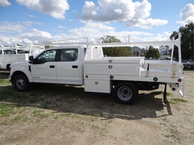 2018 F-350 Crew Cab DRW 4x2,  Scelzi Contractor Body #FJ2354 - photo 3