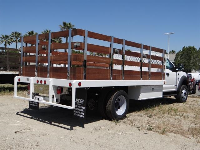 2018 F-550 Regular Cab DRW 4x2,  Scelzi Stake Bed #FJ2685 - photo 4