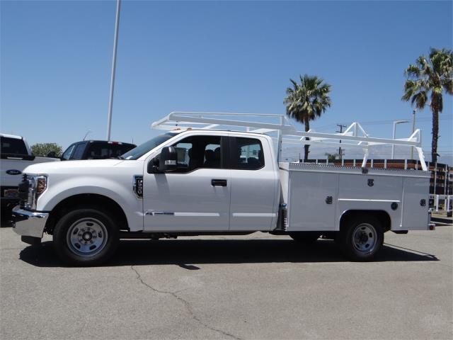 2018 F-350 Super Cab 4x2,  Scelzi Service Body #FJ2943 - photo 3