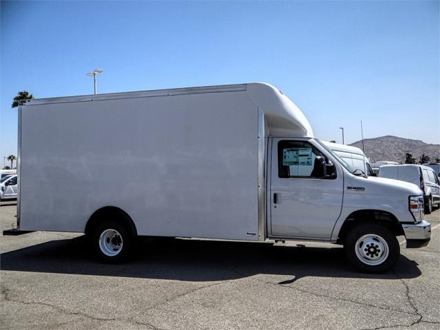 2018 E-450 4x2,  Supreme Cutaway Van #FJ3588 - photo 5