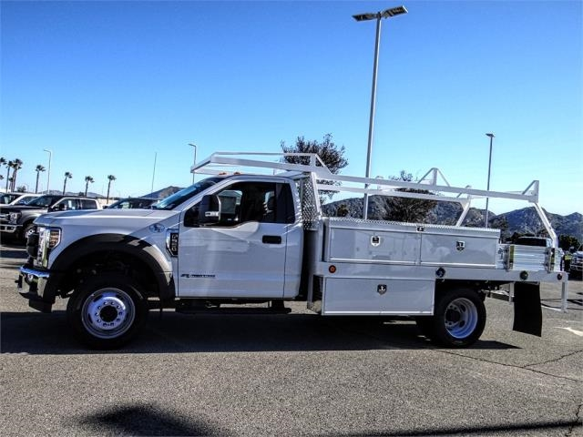 2018 F-550 Regular Cab DRW 4x2,  Scelzi Contractor Body #FJ4908DT - photo 3