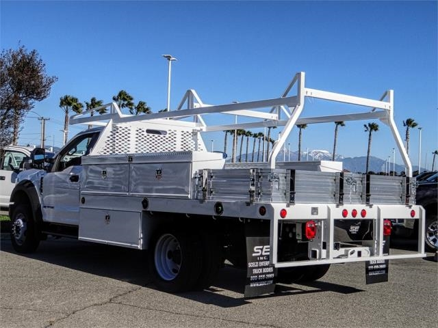 2018 F-550 Regular Cab DRW 4x2,  Scelzi Contractor Body #FJ4908DT - photo 2