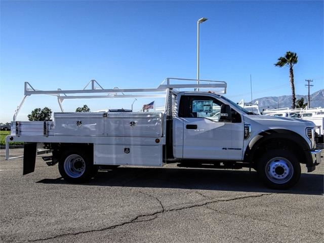 2018 F-550 Regular Cab DRW 4x2,  Scelzi Contractor Body #FJ4908DT - photo 5
