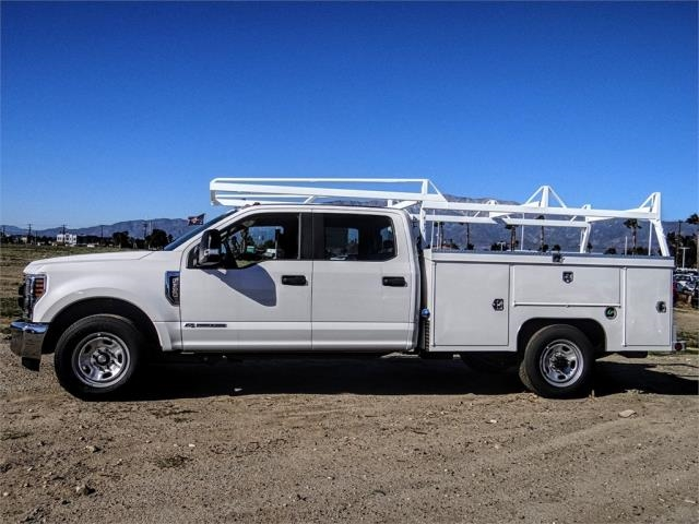 2019 F-350 Crew Cab 4x2,  Scelzi Service Body #FK1244 - photo 3