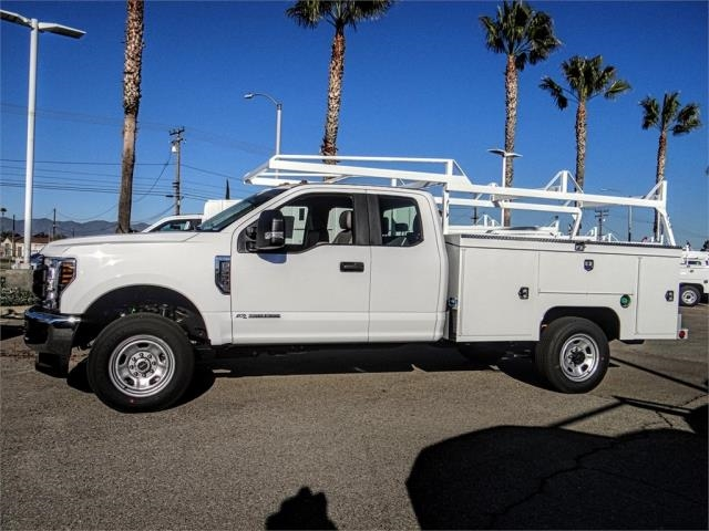 2019 F-350 Super Cab 4x4,  Scelzi Service Body #FK1320 - photo 3