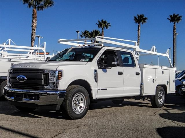 2019 F-350 Crew Cab 4x2,  Scelzi Signature Service Body #FK1331 - photo 1