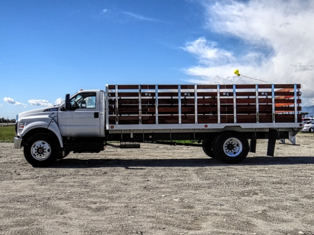 2019 F-650 Regular Cab DRW 4x2,  Scelzi Stake Bed #FK2095 - photo 3
