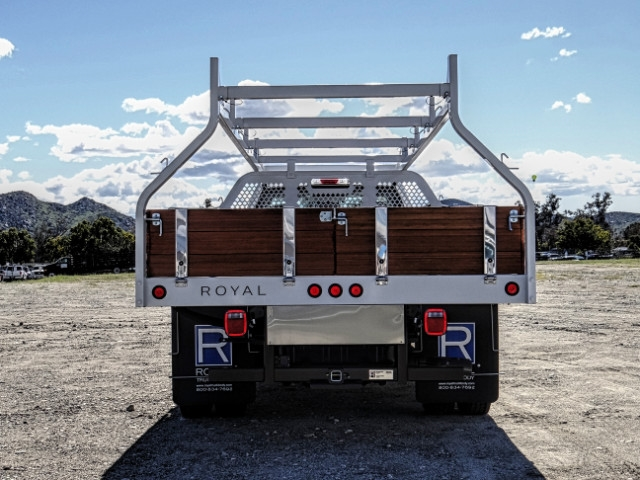 2019 F-550 Regular Cab DRW 4x2,  Royal Contractor Body #FK2269 - photo 4