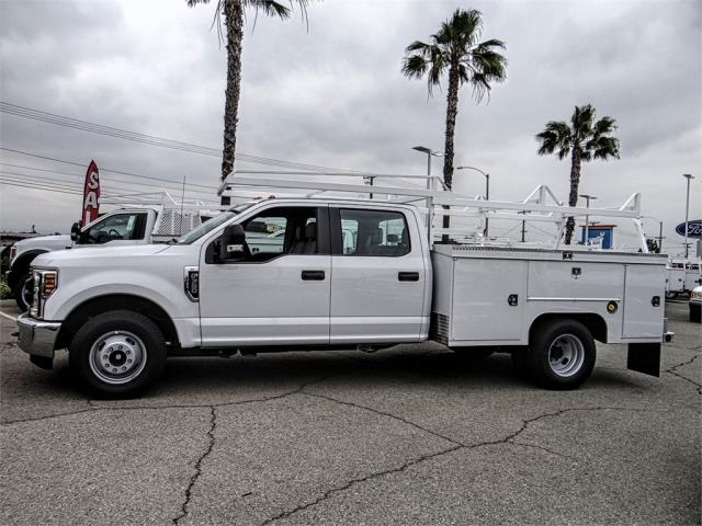 2019 F-350 Crew Cab DRW 4x2,  Scelzi Signature Service Body #FK3312 - photo 3