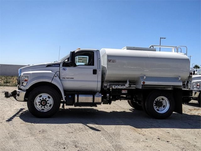 2019 F-750 Regular Cab DRW 4x2,  Scelzi Water Truck #FK3993 - photo 3