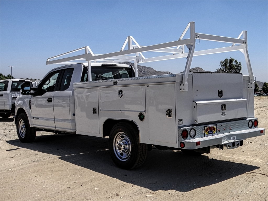 2019 F-350 Super Cab 4x2,  Scelzi Signature Service Body #FK4027 - photo 2