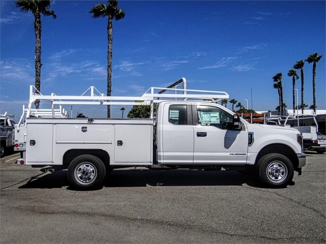 2019 F-350 Super Cab 4x4,  Scelzi Signature Service Body #FK4063 - photo 5
