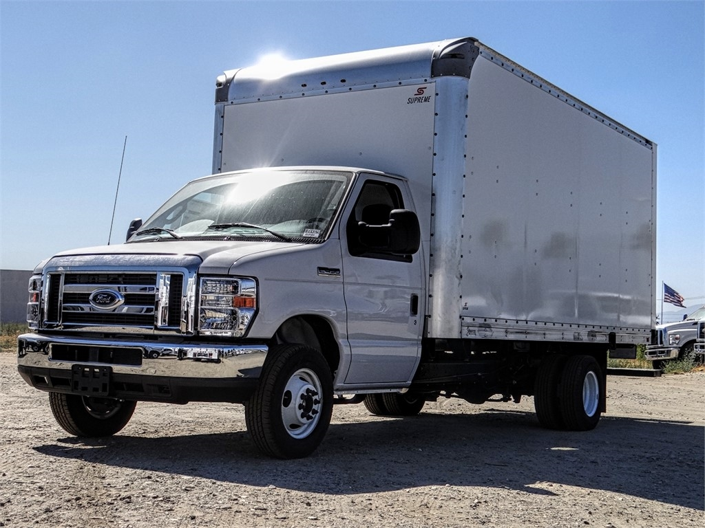 2019 E-450 4x2,  Supreme Iner-City Cutaway Van #FK4329 - photo 1