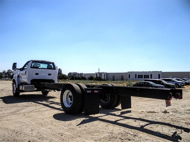 2019 F-650 Regular Cab DRW 4x2,  Cab Chassis #FK4356 - photo 2