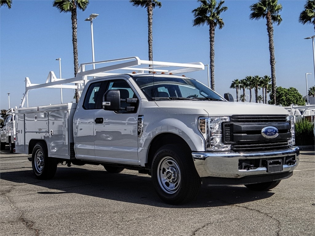 2019 F-350 Super Cab 4x2,  Scelzi Signature Service Body #FK4462DT - photo 6