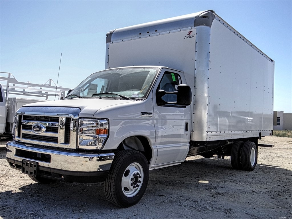 2019 E-450 4x2, Supreme Cutaway Van #FK4496 - photo 1
