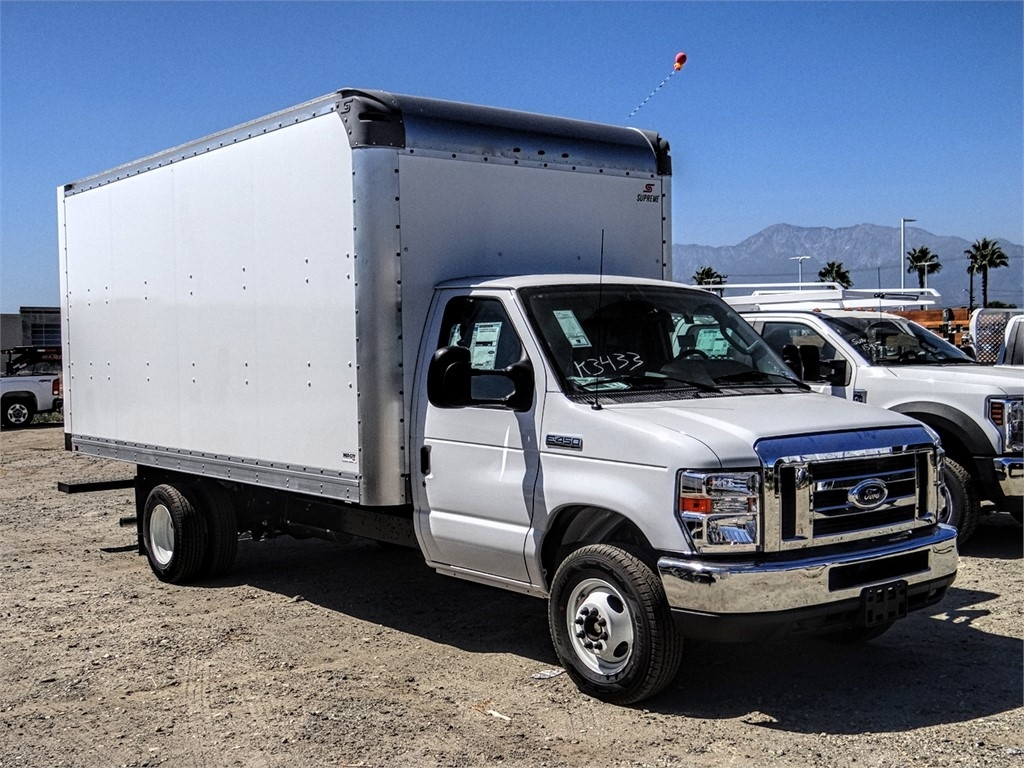 2019 E-450 4x2, Supreme Iner-City Cutaway Van #FK4496 - photo 6