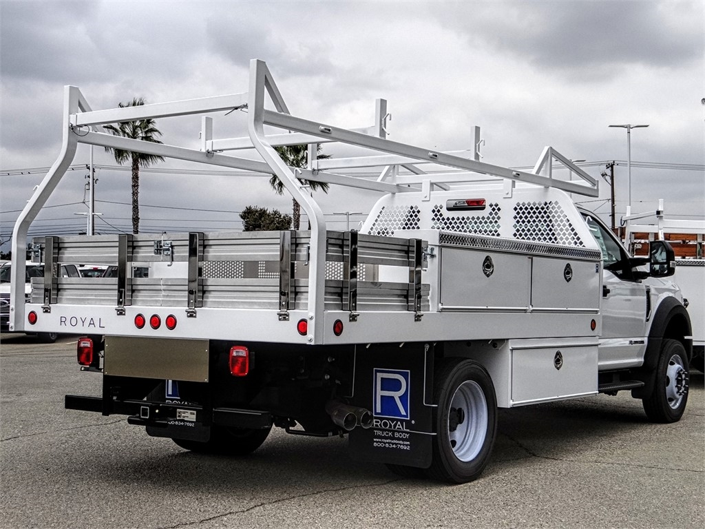 2019 F-550 Regular Cab DRW 4x2, Royal Contractor Body #FK4921 - photo 4