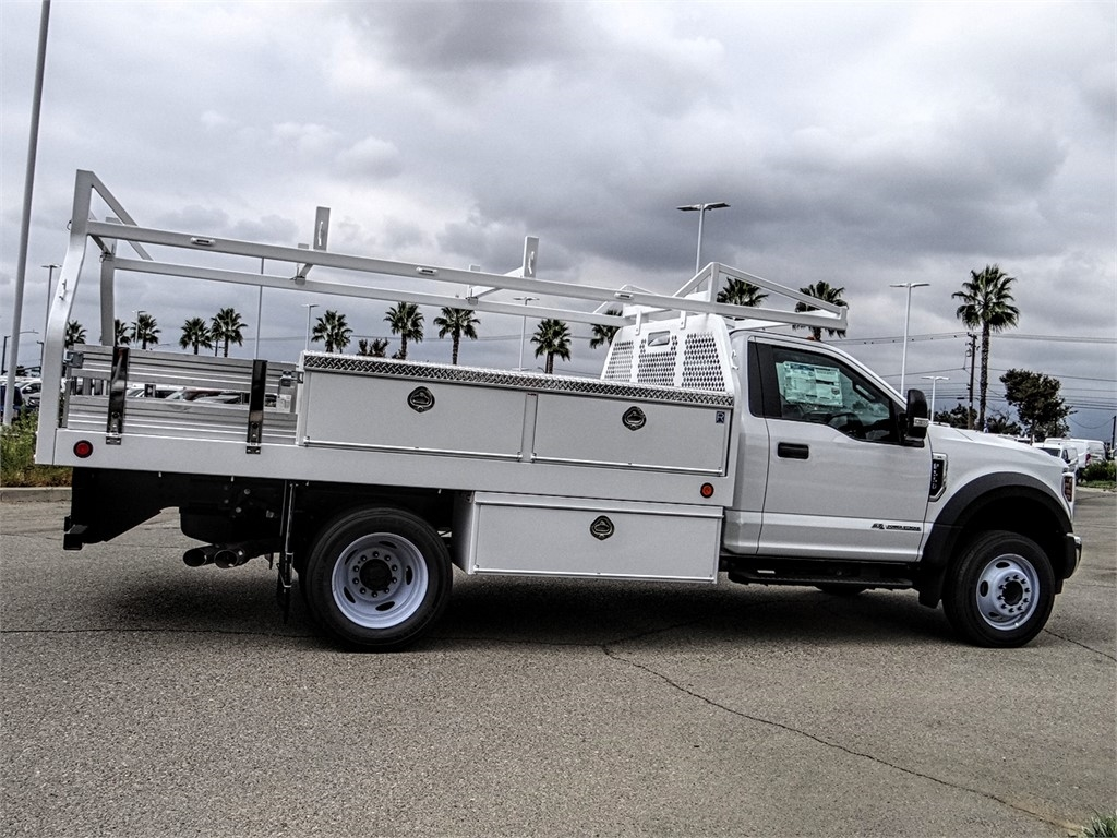 2019 F-550 Regular Cab DRW 4x2, Royal Contractor Body #FK4921 - photo 5