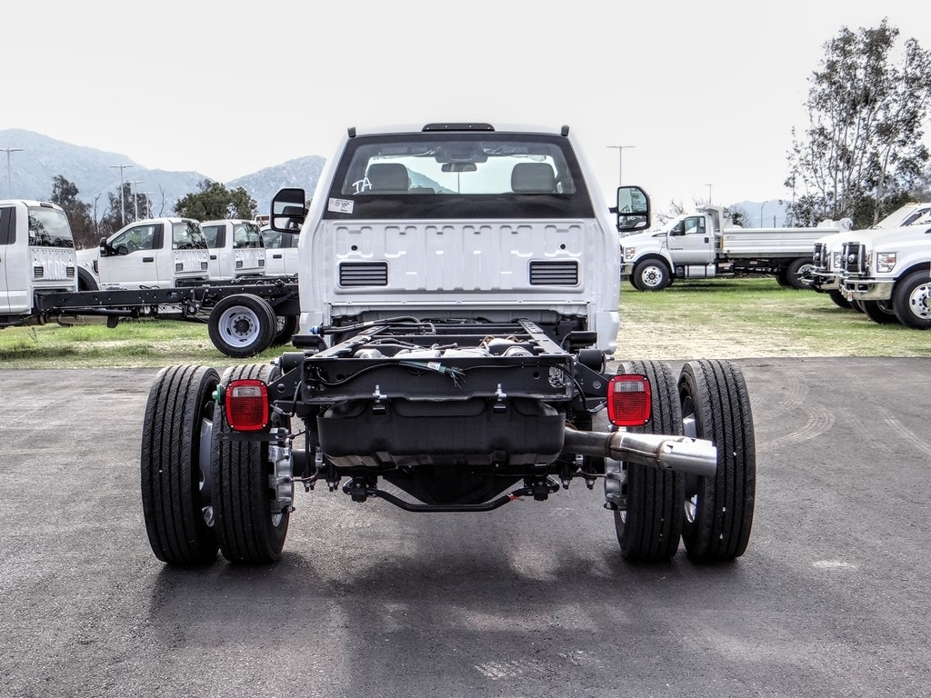 2019 Ford F-550 Regular Cab DRW 4x2, Cab Chassis #FK5385DT - photo 4