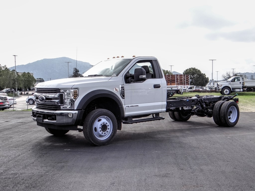 2019 Ford F-550 Regular Cab DRW 4x2, Cab Chassis #FK5394DT - photo 1