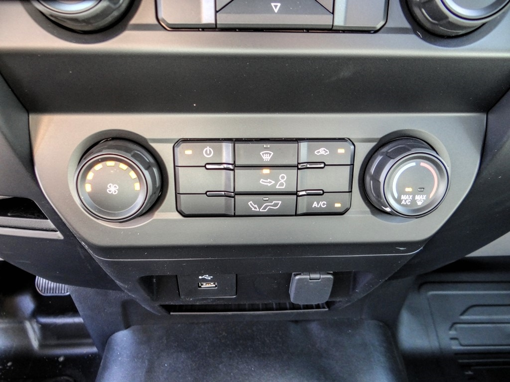 2020 Ford F-150 Regular Cab 4x2, Pickup #FL1580 - photo 17
