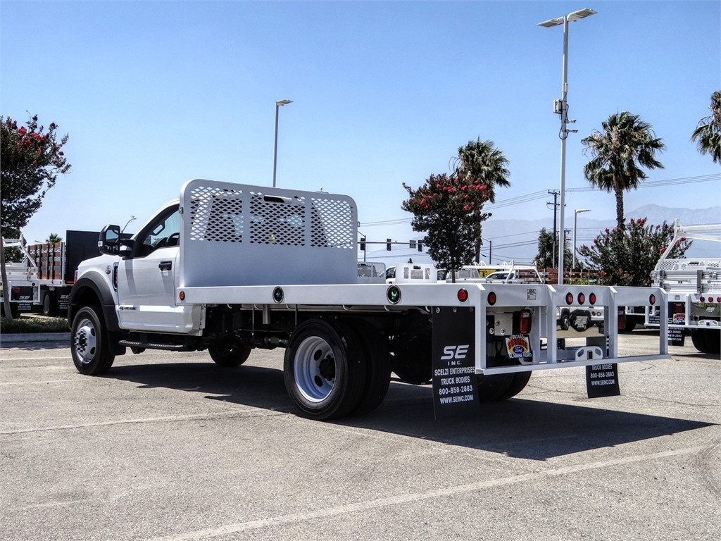 2020 Ford F-550 Regular Cab DRW 4x2, Scelzi WFB Flatbed #FL2627 - photo 2