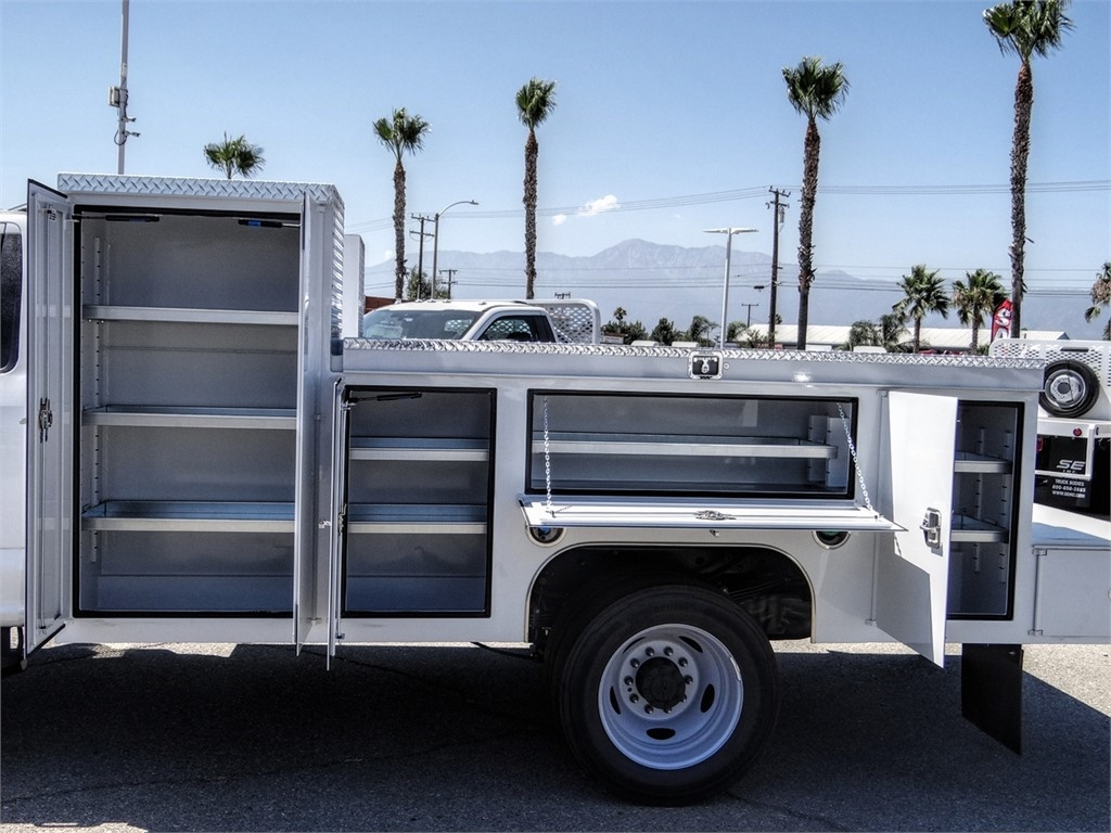 2020 Ford F-550 Regular Cab DRW 4x2, Scelzi Signature Service Body #FL2846 - photo 10