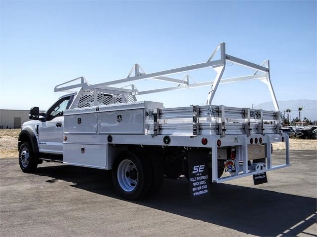 2020 Ford F-550 Regular Cab DRW 4x2, Scelzi CTFB Contractor Body #FL2935 - photo 2