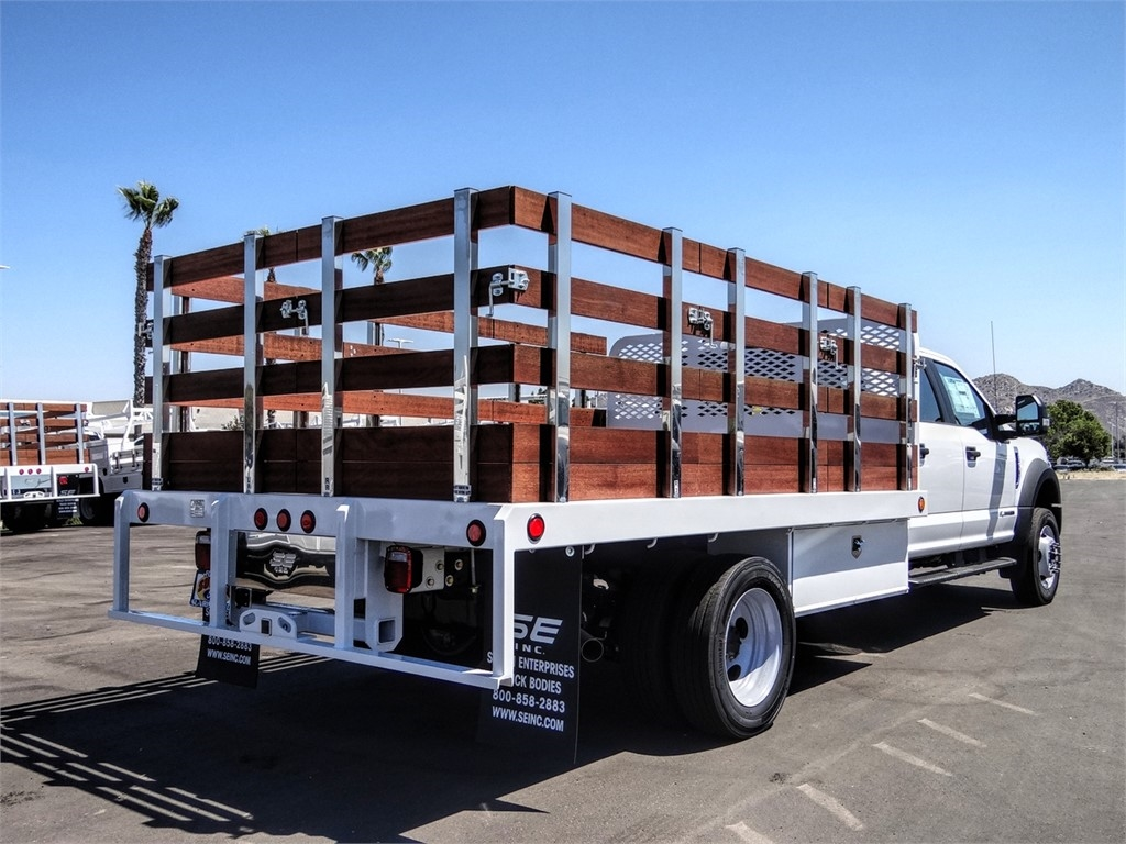 2020 Ford F-450 Crew Cab DRW 4x2, Scelzi WFB Stake Bed #FL2939 - photo 4