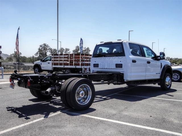 2020 Ford F-450 Crew Cab DRW 4x2, Cab Chassis #FL2942 - photo 4